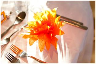 DIY tissue paper dahlia's with hyacinth bulb favours for eco-friendly and budget weddings