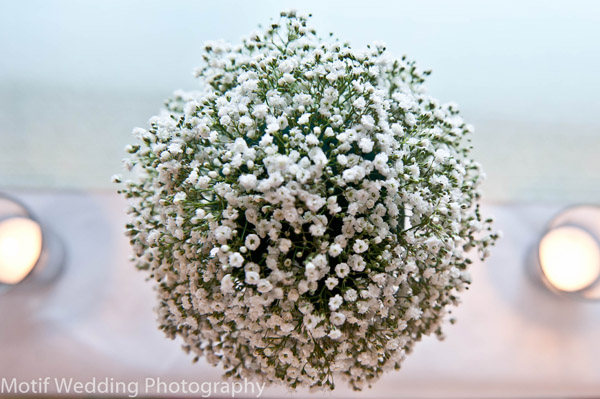 baby's breath flower table centrepiece